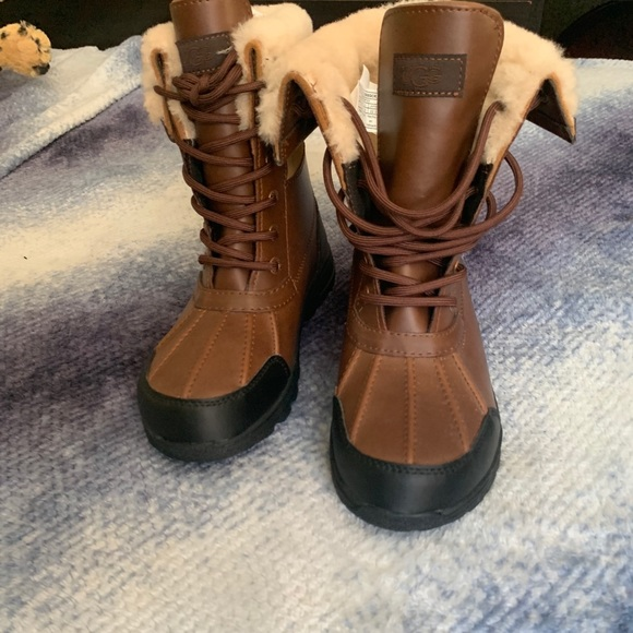 UGG Shoes | Kids Size 4 Boots | Poshmark